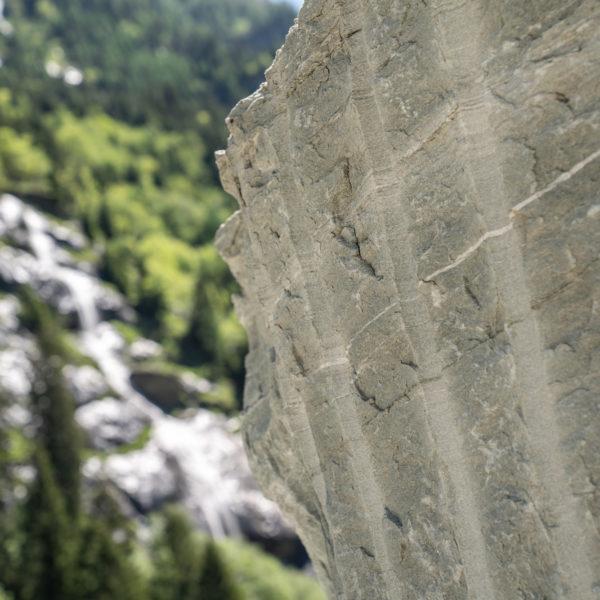 Valser Naturstein aus dem Steinbruch in Vals